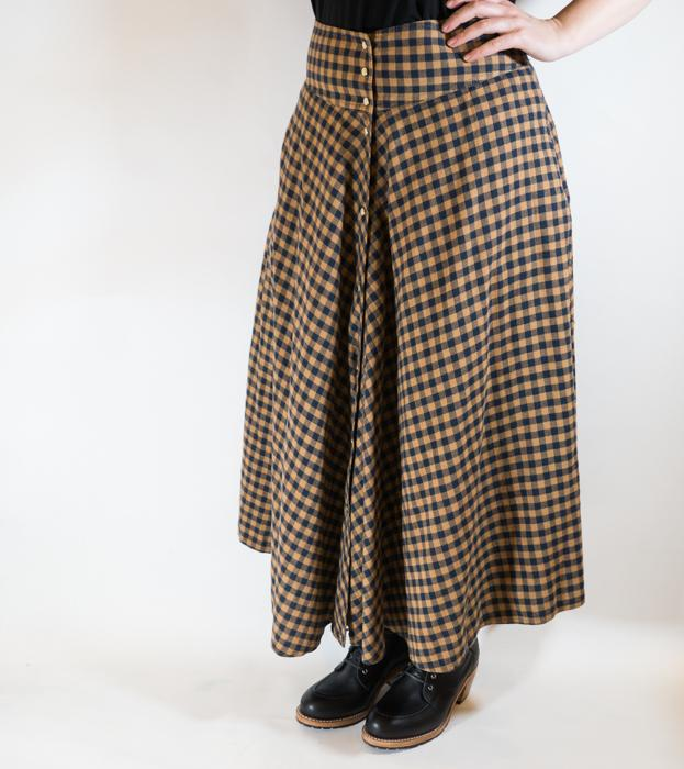 W700 Snap Skirt Golden Check Women